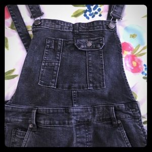 Free people skinny distressed overalls size 30 NWT